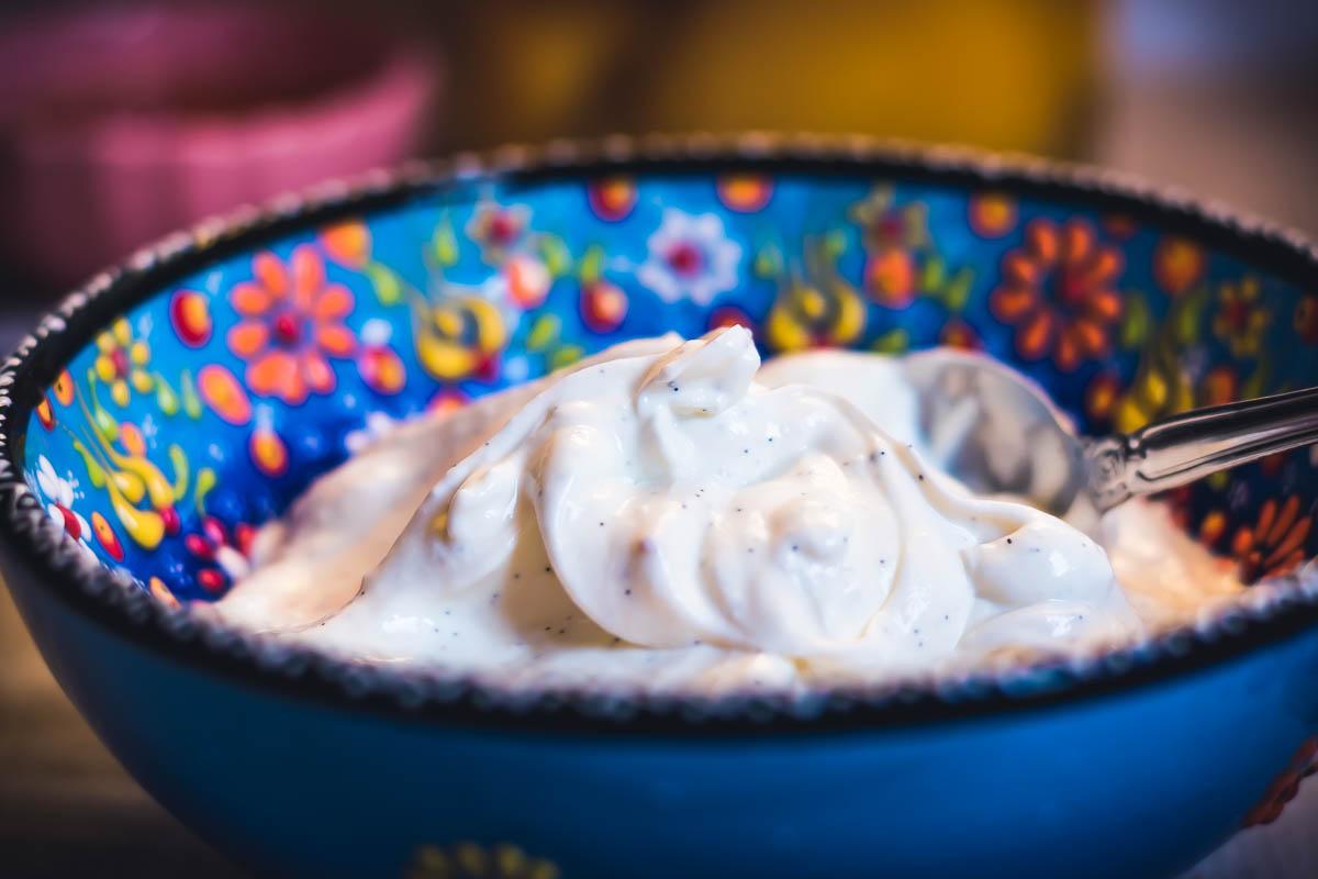 Iogurte Caseiro Grego com Baunilha