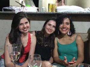 Flávia, Maísa e eu