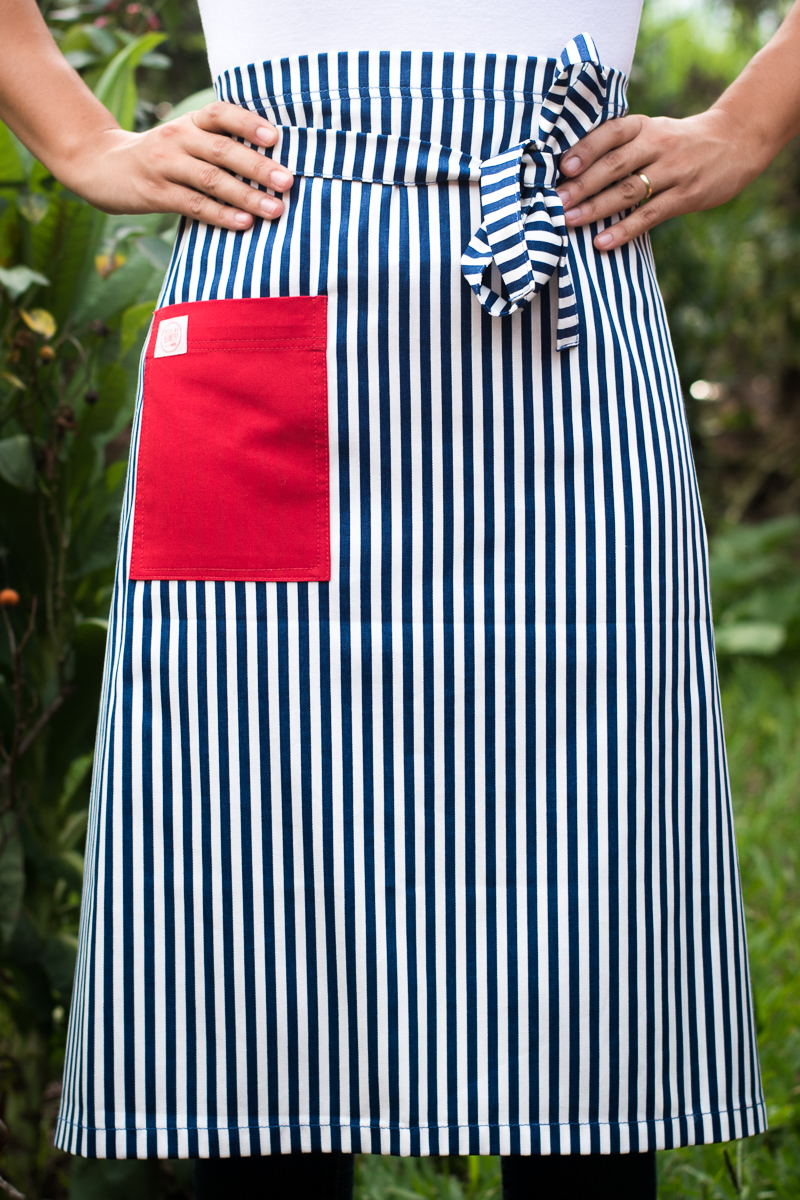 Avental de Cintura Listrado Bolso Vermelho