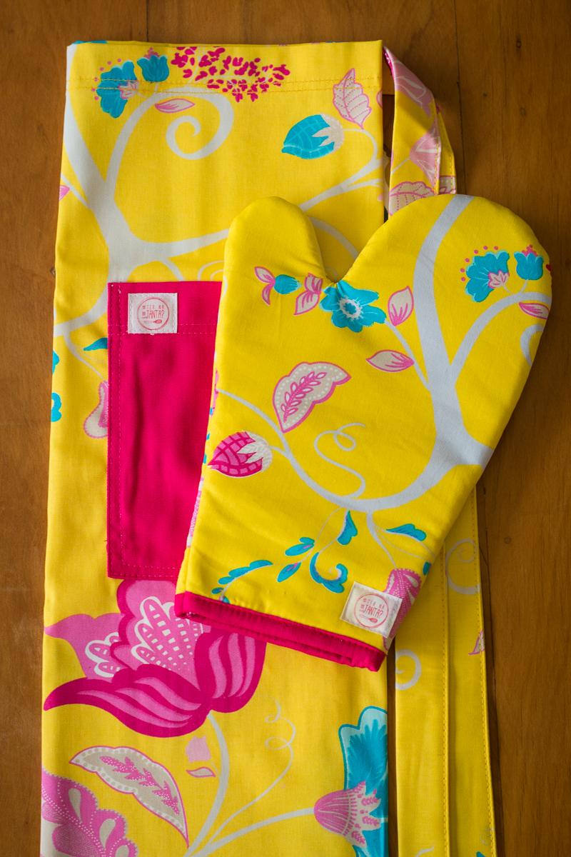 Kit Avental + Luva de Forno Amarelo Florido