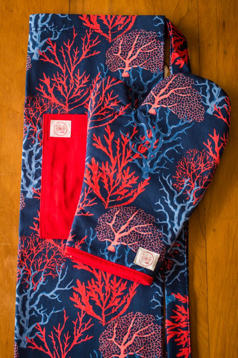 Kit Avental + Luva de Forno Corais